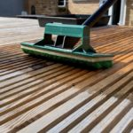 Oiling Decking - How to apply Decking Oil
